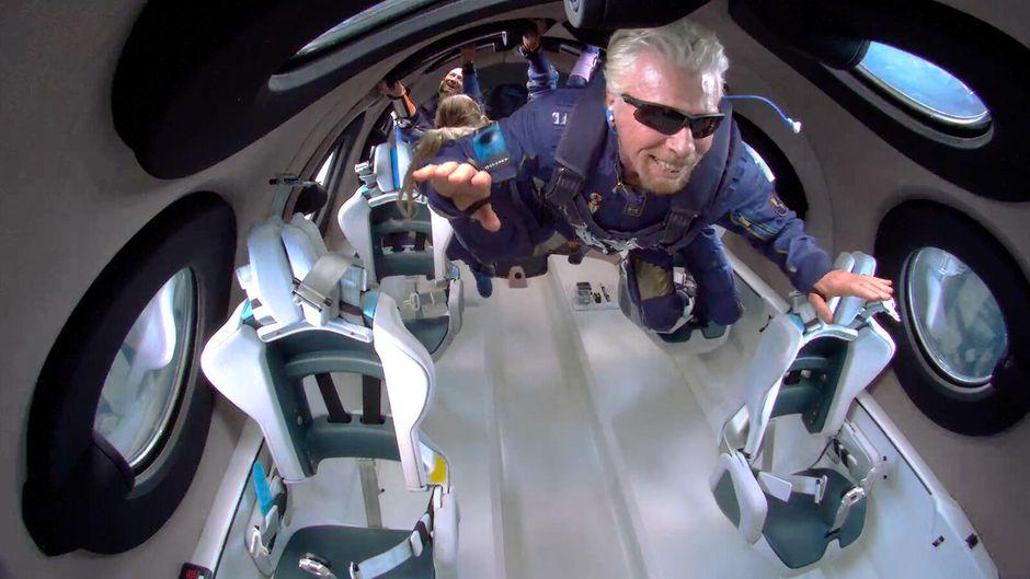 Richard Branson experiencing microgravity (Source: cnet.com)