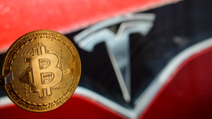Tesla makes more money with Bitcoin than by selling cars
